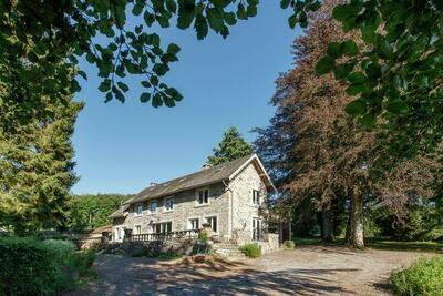 Maison de vacances à Lavacherie avec terrasse