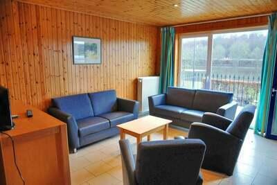 Maison de vacances cosy, micro-ondes, près de Vielsalm