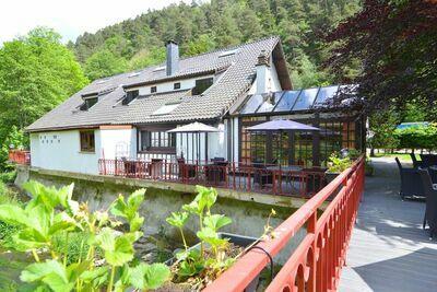Luxueuse maison de vacances à Vielsalm, avec jacuzzi