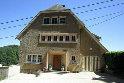Maison de vacances moderne à Bouillon avec terrasse