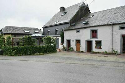 Belle maison de vacances près de la forêt à Neufchâteau