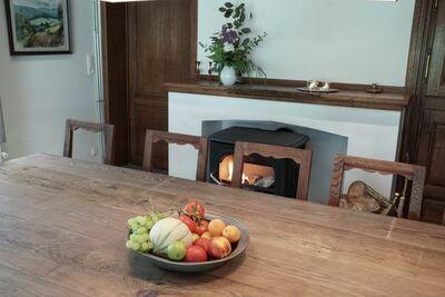 Magnifique maison de vacances avec jardin à Libin