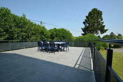 Charmante maison de vacances à Daverdisse avec terrasse