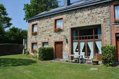 Magnifique maison de vacances à Daverdisse avec jardin