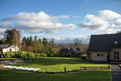 Superbe chalet avec jacuzzi et sauna situé à Durbuy
