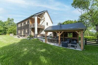 Villa confortable à Freyneux avec jardin