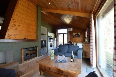 Charmante maison de vacances à Tenneville près du lac
