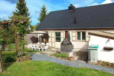 Maison de vacances moderne avec jardin privé à Tenneville
