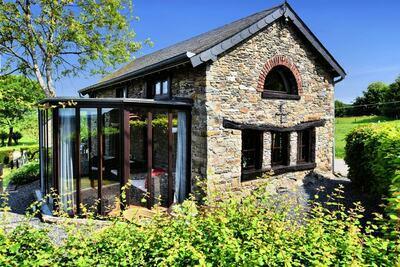 Maison de vacances confortable à Berismenil avec terrasse