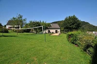 Maison de vacances moderne avec jardin située à Hotton