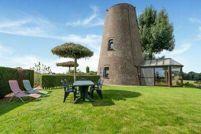 Maison de vacances luxueuse à Oombergen avec terrasse privée