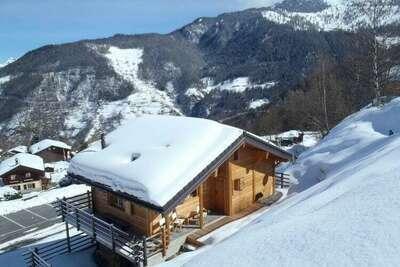 Chalet confortable à La Tzoumaz avec terrasse privée