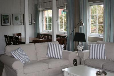 Maison de vacances spacieuse à Bastorf avec terrasse