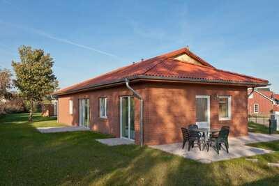 Jolie maison de vacances à Zierow avec cheminée