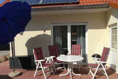 Maison au bord de la mer avec terrasse à Boiensdorf