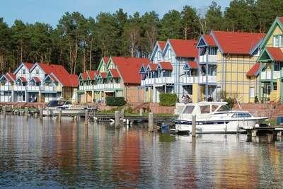 Maison de vacances cosy, poêle à bois, au bord de l'eau