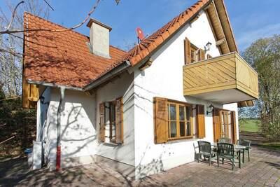 Maison de vacances moderne à Mühlbach près de la forêt