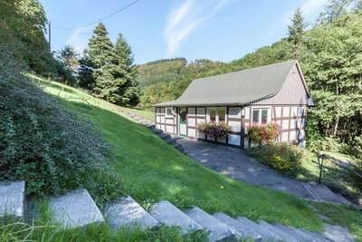 Maison de vacances moderne avec jardin à Schmallenberg