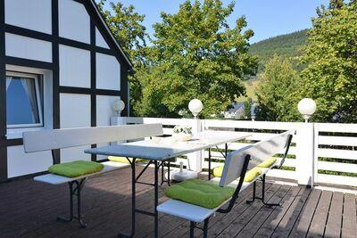 Vaste maison de vacances avec terrasse privée, Schmallenberg