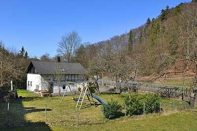 Maison chaleureuse avec jardin à Meschede en Allemagne