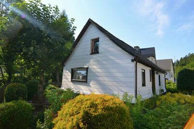 Maison de vacances indépendante à Ramsbeck dans le Sauerland avec jardin en bordure de forêt