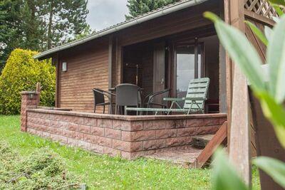 Agréable maison de vacances avec jardin privé à Niedersfeld