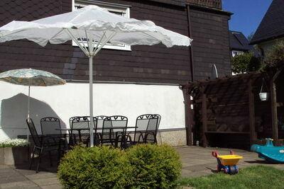 Superbe maison de vacances à Altastenberg avec parking