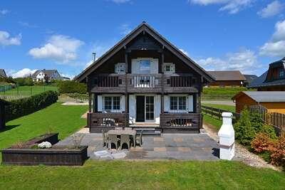 Chalet luxueux à Medebach en Sauerland avec jardin privé