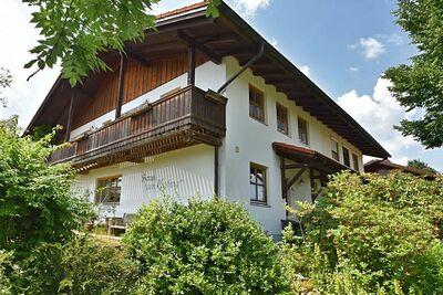 Gîte spacieux à Rinchnach en Bavière, près de la forêt