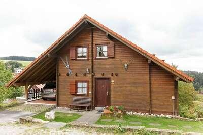 Gîte spacieux dans l'arrière-pays de la Thuringe avec sauna