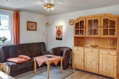 Maison de vacances confortable à Altenfeld avec terrasse privée