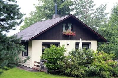 Belle maison de vacances à Waltershausen avec cheminée
