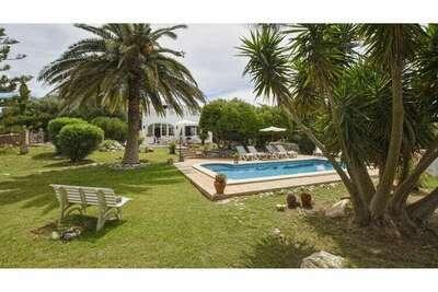 Villa paisible avec piscine privée à Alaior