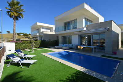 Villa de luxe avec piscine privée à Orihuela