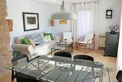 Gîte confortable à Castellnou de Bages près de la forêt