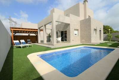 Villa moderne avec piscine privée à Rojales