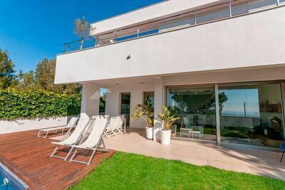 Magnifique villa à Canyelles près de la mer Méditerranée
