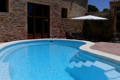 Gîte confortable à Agramunt avec piscine privée