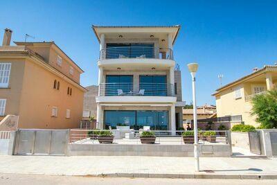 Villa de luxe à Son Serra de Marina avec piscine couverte