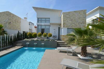 Villa moderne à Ciudad Quesada avec piscine privée