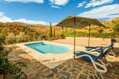 Charmante maison de vacances à Guaro avec piscine privée