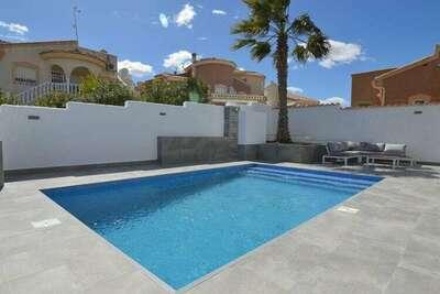 Maison de vacances indépendante à Rojales, piscine privée