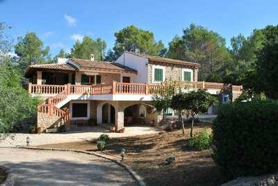 Spacieuse demeure à Alaró aux îles Baléares, avec piscine