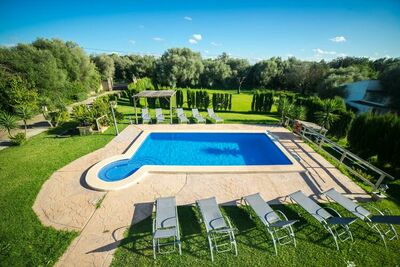 Maison de vacances chic avec piscine privée à Es Pont d'Inca