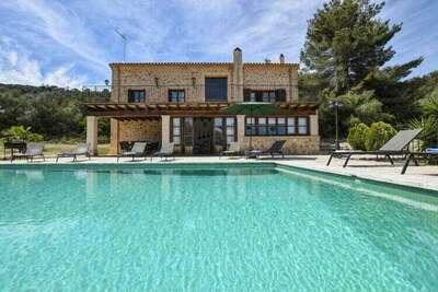 Belle maison de campagne avec piscine privée et vue panoramique