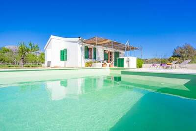 Chaleureuse demeure avec piscine à Selva