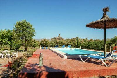 Maison de vacances confortable avec piscine privée à Alcudia