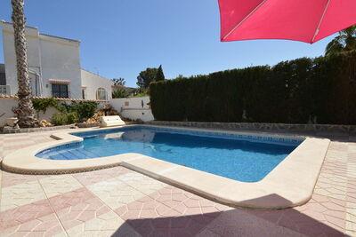 Villa moderne à Rojales avec jacuzzi et piscine privée