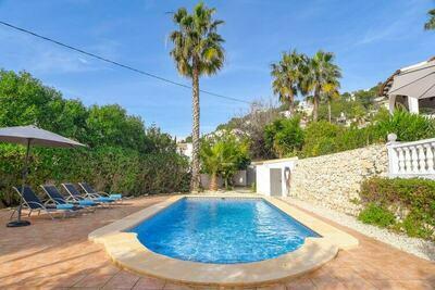 Villa pour 8 personnes avec piscine et terrasses