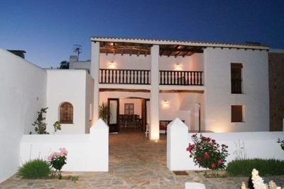 Villa vintage avec piscine privée à Ibiza